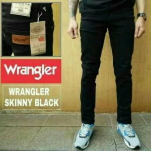 Celana Jeans Slim fit Wrangler
