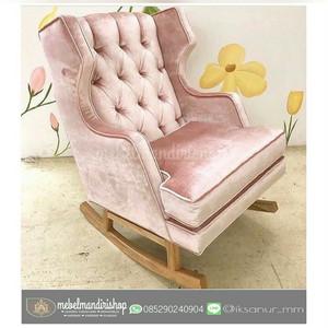 Kursi Sofa Goyang Pink(furniture jepara, mebel jepara, kursi Santai)