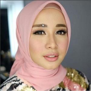 Hijab segiempat/Jilbab/kerudung Bella Square VALENCIA ( BEST SELLER)