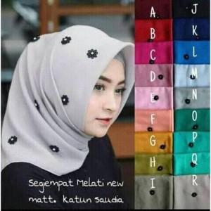 Hijab segiempat/Jilbab/kerudung Black Jasmine Pearl Square VALENCIA