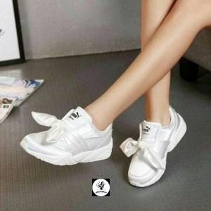 newest collection 0a5e7 034ab Jual SEPATU SNEAKERS PUMA FENTY BOW White GRADE ORIGINAL - DKI Jakarta -  Jack Republic id | Tokopedia