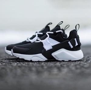 Nike Air Huarache City Low Black White Premium Original / sepatu nike