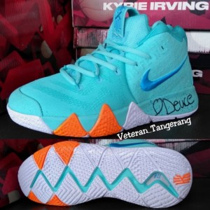 check out 38641 7c9d0 Jual Nike Kyrie Irving 4 Power Is Female Tosca Deuce Import Vietnam - Kab.  Tangerang - KERTAWIJAYA SHOP | Tokopedia