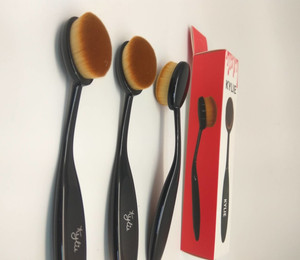 KYLIE Makeup Brush Cosmetic Murah