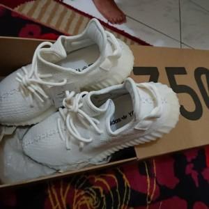 Adidas Yeezy 350 V2 Cream White 100% Original