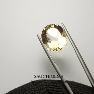 SG-052 YELLOW TOPAZ RARE MODIFIED BRILLIANT CUT WITH PERFECT LUSTER