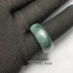 SG-075 HIGH QUALITY JADE RING TYPE A FROM BURMA
