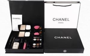 CHANEL KOSMETIK PALETTE 9 In 1 / Make Up Palette Kit /CHANEL PAKET/GIF