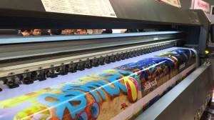 Jasa Cetak Banner Spanduk Bahan 440 gram Mesin Outdoor
