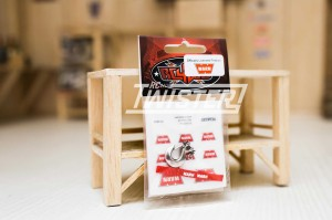 RC4WD 1/10 WARN Hook with Pull Tag
