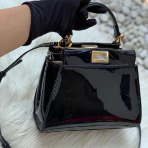 Tas fendi peek a boo defender mini patent leather 25cm
