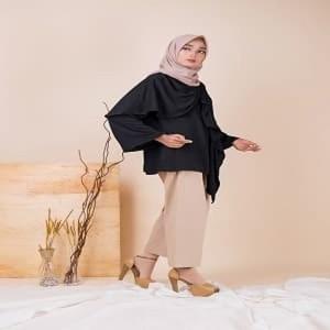 Atasan Muslim Wanita Covering Story Aruan Top - A Black