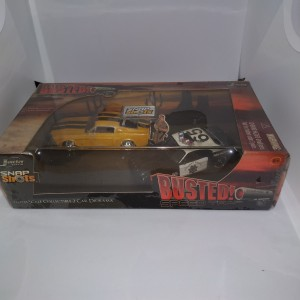 Jada Diorama Busted Ford Mustang, Shelby GT 500