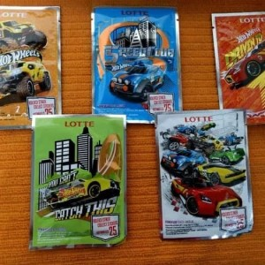 Permen Karet Lotte Hot Wheels