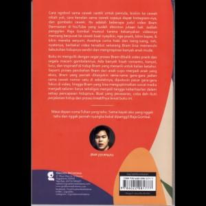 Buku Memang Modus Bram Dermawan