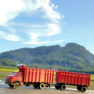 diecast truck mercedes nonong custom kastem skala 87