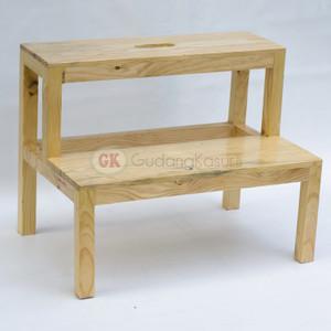 Kursi tangga / Bangku tangga kayu