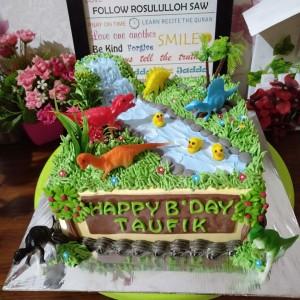 Jual Kue Ultah Dinosaurus Cake Ultah Anak Laki Laki Kota Tangerang Selatan Baju Alya Shop Tokopedia