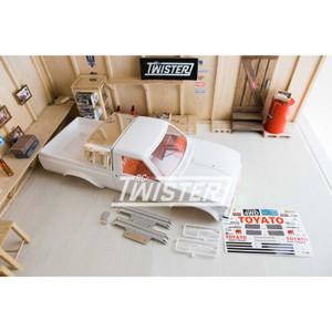 Team Raffee Co. Hilux Pick-Up Truck Hard Body - Full Interior WB 287mm