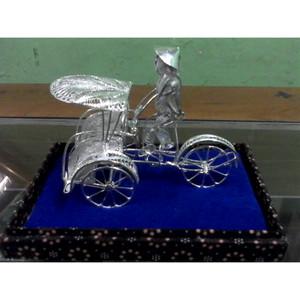 Souvenir Miniatur Becak Silver khas Kotagede Yogya