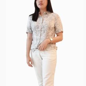 Kemeja Cato Pendek Motif Floral Pakaian Wanita Branded Original Murah