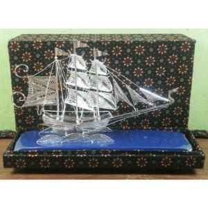 Miniatur Kapal Pinishi Silver Khas Kotagede Yogyakarta