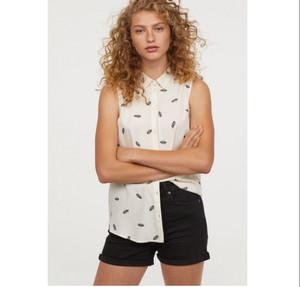H&M Divided Shirt Top Feathers Broken White Pakaian Branded Original