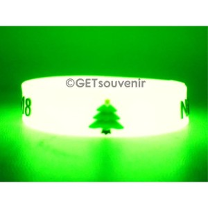 Gelang karet glow in the dark motif timbul 100pcs custom desain