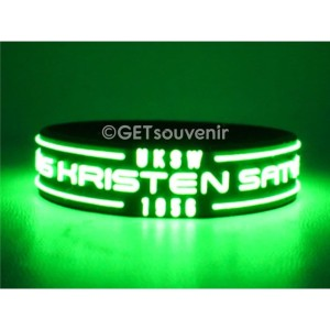 Gelang karet tulisan glow in the dark motif timbul custom 100pcs