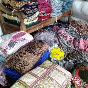 Jual Kain Kiloan Rayon Motif Cerah Pabrik Kab Pekalongan Batik Devandra Tokopedia