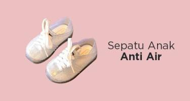 Sepatu Anak Anti Air