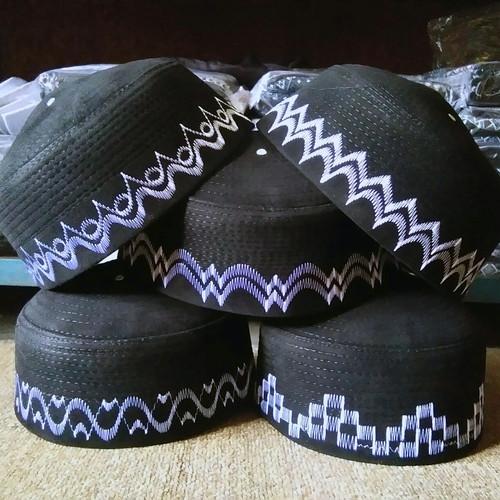 Foto Produk Kopiah Peci Songkok SOLMED dari Grosir Al Ijabah Store