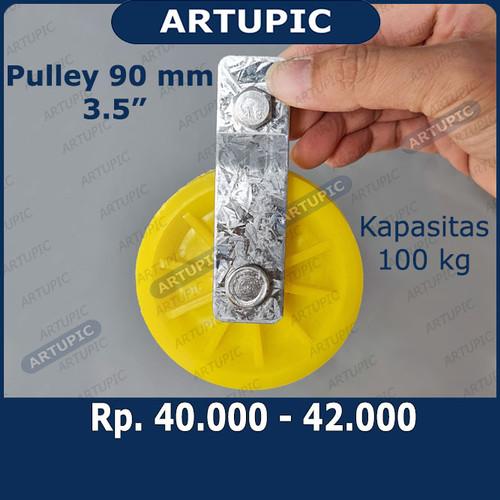 Foto Produk Pulley Katrol 90 mm 3.5 Inch untuk nipple terpal kandang Kapasitas 100 dari ArtupicPeralatanPeternak