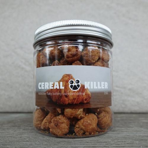 Foto Produk Croissant Cereal dari Weirdough Bakehouse