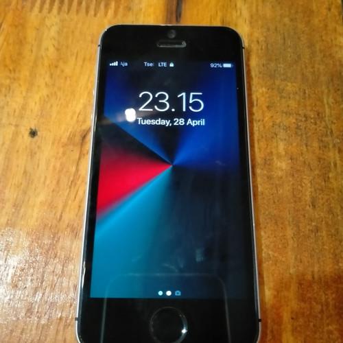 Foto Produk Iphone SE 16 GB Kodisi bagus Fullset dari Aisha cel