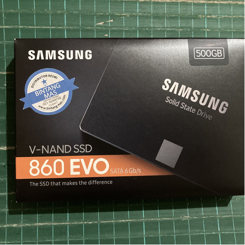 Foto Produk Samsung 860 Evo 512 GB Sata SSD dari wolbubs