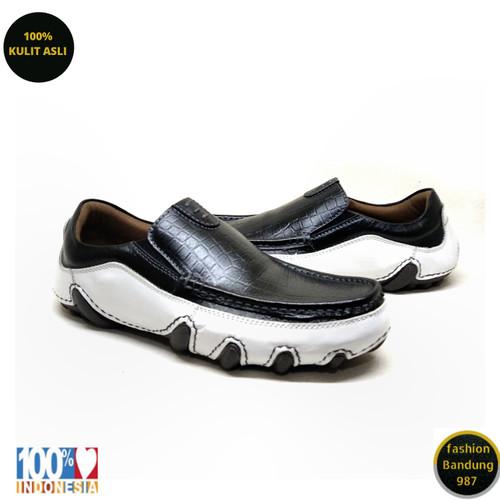 Foto Produk Sepatu kasual pria sol tanam kulit asli model slip on premium AVD 01p - Hitam Kombinasi, 39 dari Fashion Bandung 987