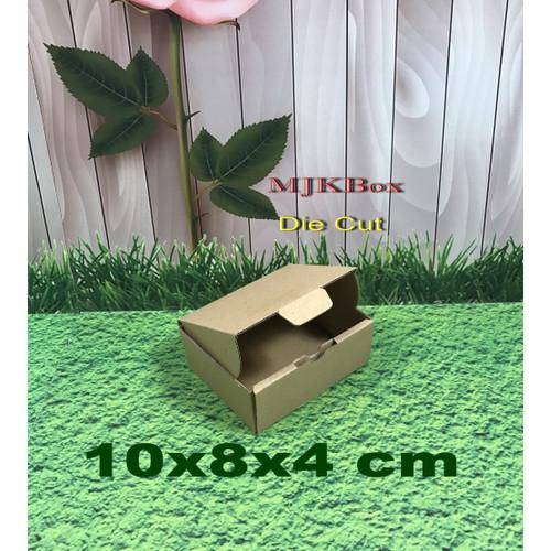 Foto Produk Kardus Karton Uk, 10x8x4 cm...Die Cut untuk packing kue-aksesoris-dll dari MJKbox
