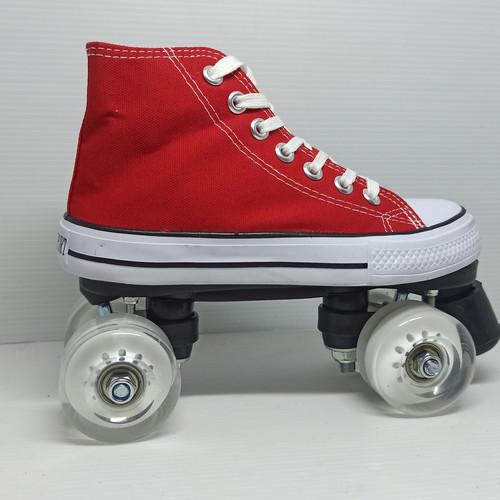 Jual Quad Roller Skate Sneaker Old School 38 Merah Kab Magetan Mags Inline Skate Shop Tokopedia