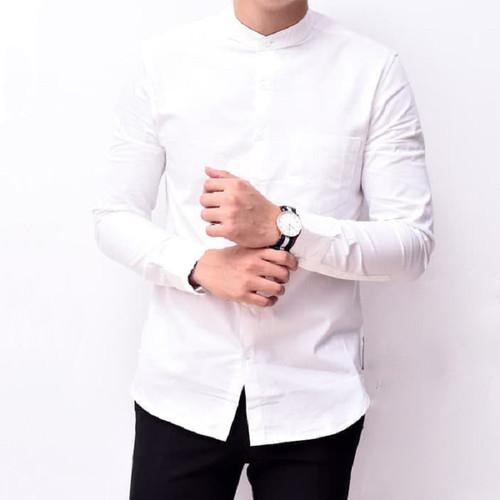 Foto Produk Kemeja Pria Lengan Panjang Putih Kerah Shanghai Kancing1 Slimfit 3345 - Putih Kcg Putih, L dari ago helmi shop