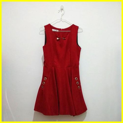 Foto Produk Preloved Baju Second Fashion Dress Cewek Wanita No Lengan Merah Murah dari Iyesh Online Store