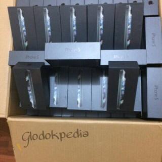 Foto Produk iPhone 5 64gb garansi platinum (black / Silver) dari GlodokPedia