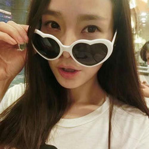 Foto Produk sunglasses love kacamata korea dari tian olshop