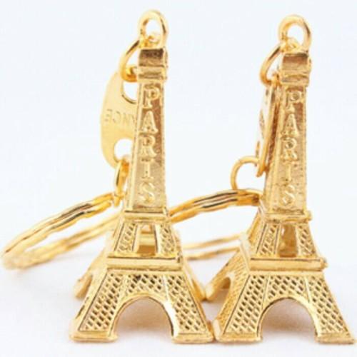 Foto Produk souvenir pernikahan unik gantungan kunci menara paris dari reyhan souvenir