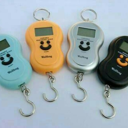 Foto Produk Timbangan Digital Gantung Portable 50 Kg | Alat Dapur,Ready Stok Silah dari zahwaherbal