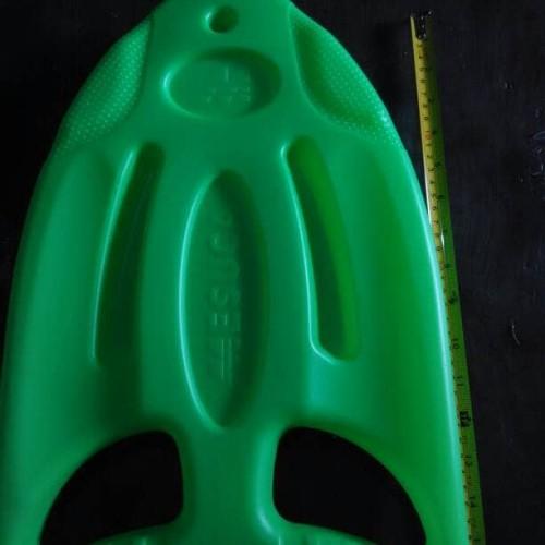 Foto Produk Papan Plastik Seluncur Renang Lengkung dari dramashop