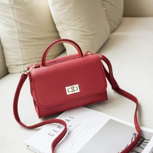 Foto Produk Jims Honey - Lily Sling Bag Tas Wanita - Red dari JIMS HONEY OFFICIAL