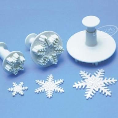 Foto Produk Cetakan salju,plunger snowflake, fondant, kue kering,dekor isi 3ukuran dari Just Me Shop