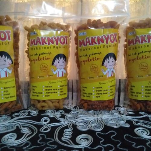 Foto Produk Makaroni Nyolot/MakNyot/Makaroni Ngehe/MakaroniCokelat/Makaroni Mamade dari Malizh's Food