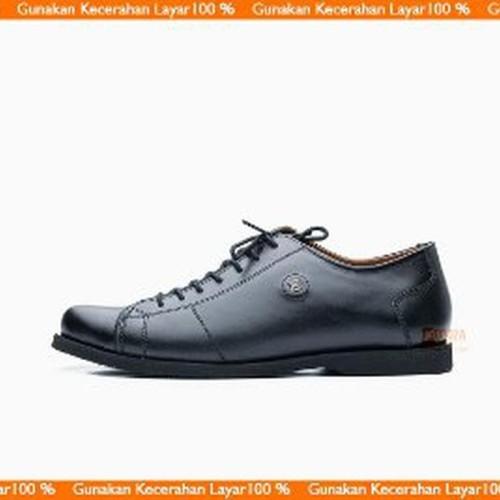 Foto Produk Unik Sepatu Pria Casual Sneakers Low Boot Kulit Asli Semi Pa Murah dari RaysD